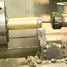 Lavorazione barra piena ottone acciaio